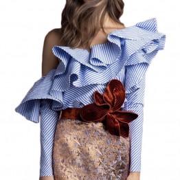 Blusa Elegante de Volantes Con Hombro Descubierto